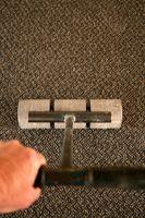 Cómo aplanar o estiramiento con aparato de alfombras