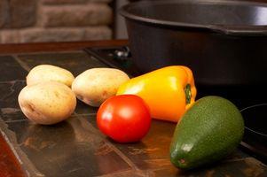 Cómo reemplazar piezas losa alrededor de un fregadero de la cocina