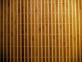 Cómo arreglar una cadena de control de persianas verticales