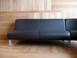 Cómo limpiar y humectar los muebles de cuero