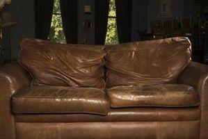 Cómo Distress un sofá de cuero