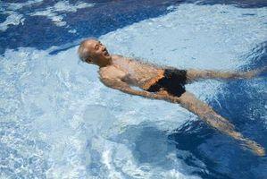 Cómo limpiar una piscina después de una tormenta