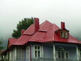Cómo eliminar el moho de un techo con goteras