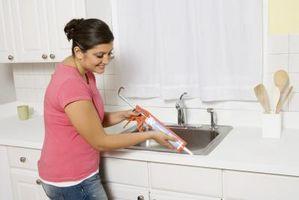 Cómo instalar un Drop-In granito compuesto del fregadero de cocina