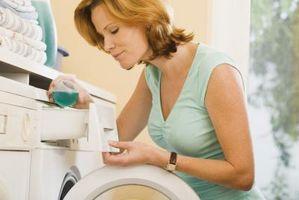 Cómo quitar las manchas de barniz en ropa