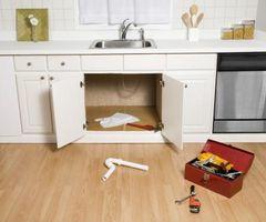 Cómo instalar un fregadero de cocina El uso de un Studor Vent