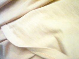 Cómo limpiar amarillentas sábanas