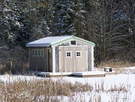 Cómo construir una base para un cobertizo de madera Uso