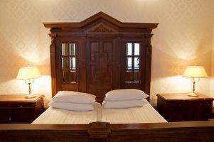 Cómo modificar un marco doble cama para aceptar un colchón Queen