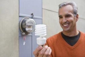 Cómo limpiar y deshacerse de un Roto Bombilla fluorescente compacta (CFL)
