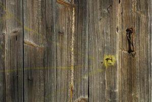 Cómo reparar un piso de madera con hebilla de daños por agua