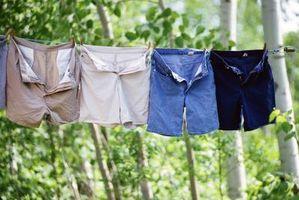 Cómo tratar el moho en la ropa