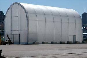 Los tipos de arco de aluminio que entrelazan Edificios