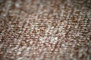 Extracción Antiguo Relleno de alfombras