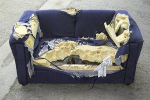 La recuperación de sofás frente a reupholstering