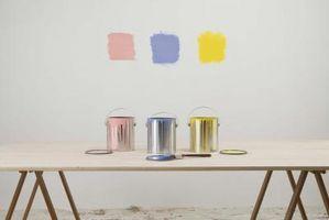 Cómo pintar un gabinete de cocina No Blanco o Negro