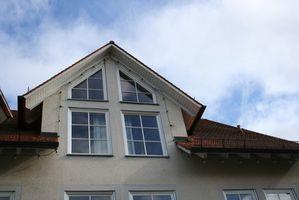 ¿Cómo puedo reparar una ventana de vinilo Regalite?