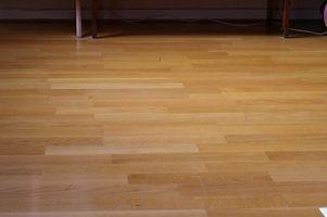 Cómo limpiar, pulir y encerar un piso