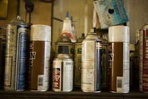 Como la pintura de aerosol sin conseguir sucio