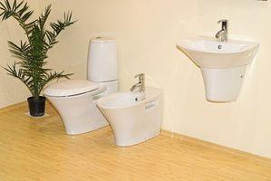Cómo instalar un WC en piso de madera dura