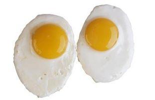 Cómo reducir o eliminar olor del huevo quemado