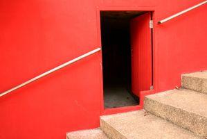 Cómo pintar una habitación con una pared de un color diferente que el resto