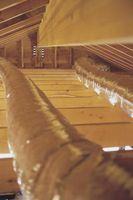 ¿Qué causa manchas en el techo?