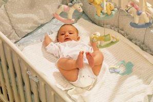 Cómo decorar un mosquitero para la habitación de un bebé