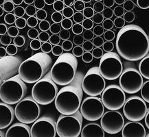 Como aplicar el parche temporalmente una fuga de agua en un tubo de plástico