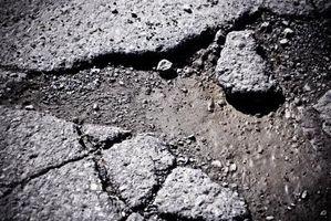 Cómo calcular las yardas Plaza de asfalto