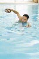 ¿Cómo funciona un metro de piscina?