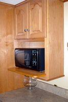 Cómo reemplazar la cabina de cocina Puertas