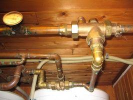 Cómo solucionar problemas de un calentador de agua caliente Aero