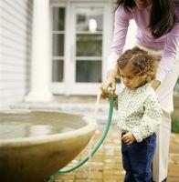 Cómo construir Características del patio trasero de agua