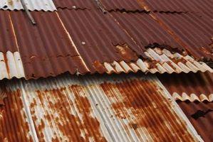 Los metales que son resistentes a Reaccionando al agua o aire