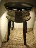Cómo hacer una mesa auxiliar con una rueda de coche