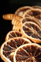 Así se seca la fruta por un popurrí
