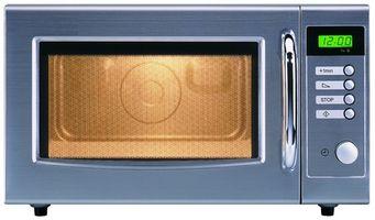 Cómo quitar una puerta del horno de microondas