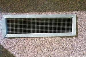 Cómo remodelar piso de calor por conductos