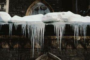 La eliminación de metal del techo de la nieve