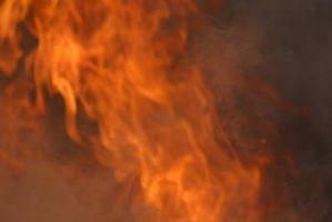 Lo que es el más fuerte del limpiador químico para quitar el olor del humo después de un incendio?