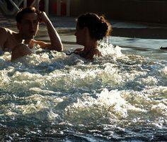 Diferencias entre las tinas calientes y jacuzzi bañera de hidromasaje
