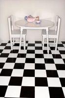 Cómo hacer un piso de tablero de ajedrez Blanco y Negro