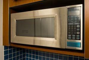 Cómo solucionar problemas de un horno de microondas Emerson