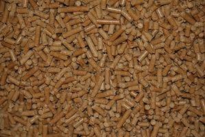 La producción de pellets de madera de madera blanda