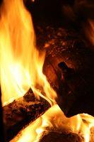 Cómo construir un pozo de fuego con un tambor de aceite