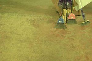 ¿Qué puedo hacer para que un cemento de ducha Suelo parece bueno?