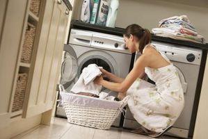 Cómo limpiar un mantel de lino irlandés