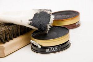 Cómo quitar Negro Pega polaco de zapatos de paño