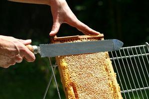 Cómo hacer cera de abejas sin olor que se utilizará para muebles Cera